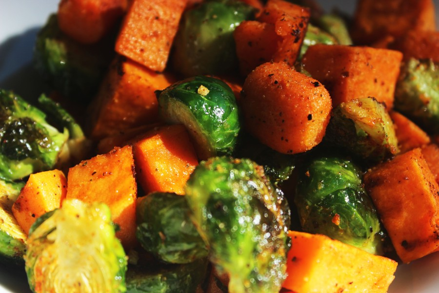 roasted-sweet-potatoes-brussel-sprouts-and-carrots